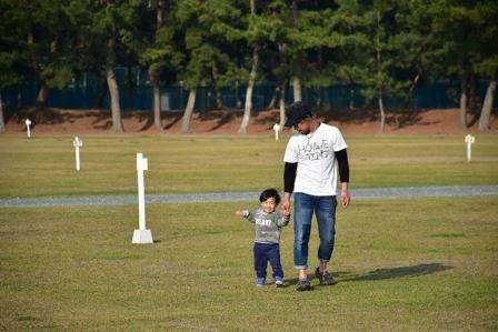 西岡と子供.jpg