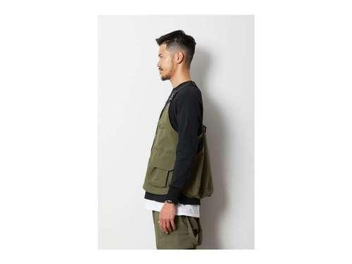 T_Vest_Ol_styling②.jpg
